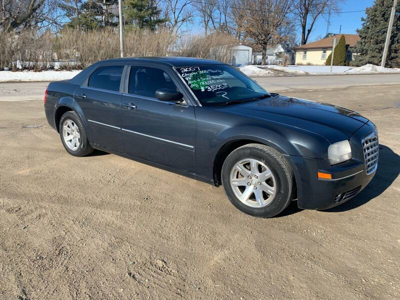 2007 Chrysler 300 for sale at GREENFIELD AUTO SALES in Greenfield IA