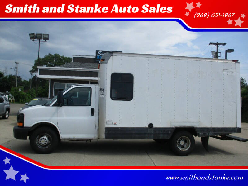 2009 Chevrolet Express Cutaway for sale at Smith and Stanke Auto Sales in Sturgis MI