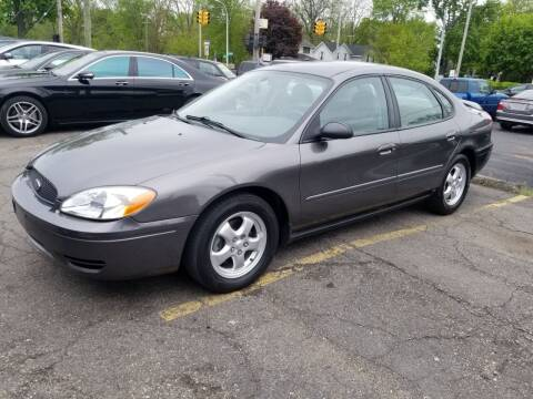 2005 Ford Taurus for sale at DALE'S AUTO INC in Mt Clemens MI