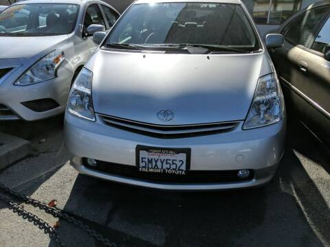 2005 Toyota Prius for sale at Auto City in Redwood City CA