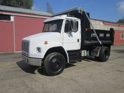 1994 Freightliner FL106 for sale at Small Town Auto Sales in Hazleton PA