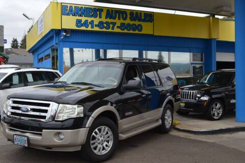 2008 Ford Expedition for sale at Earnest Auto Sales in Roseburg OR