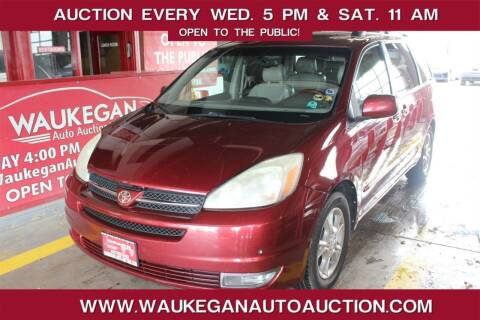 2005 Toyota Sienna for sale at Waukegan Auto Auction in Waukegan IL