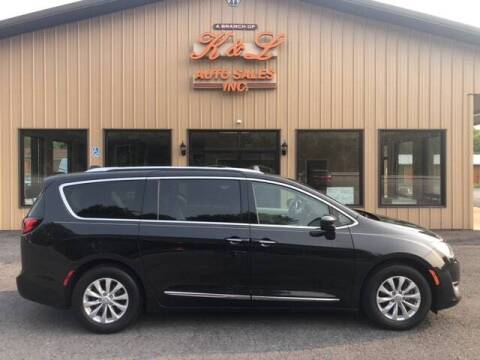 2018 Chrysler Pacifica for sale at K & L AUTO SALES, INC in Mill Hall PA
