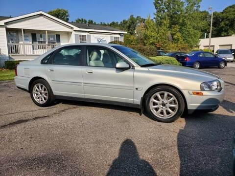 2002 Volvo S80 for sale at Paramount Motors in Taylor MI