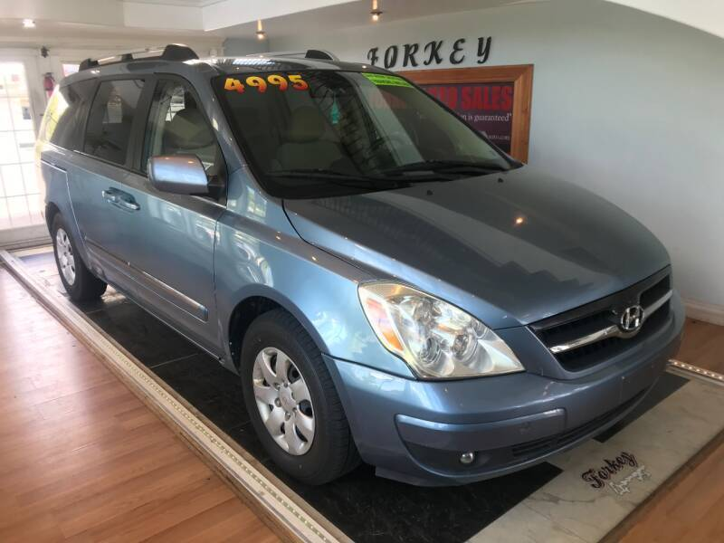 2007 Hyundai Entourage for sale at Forkey Auto & Trailer Sales in La Fargeville NY