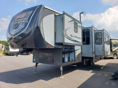 2017 Heartland Road warrior 362 for sale at Ultimate RV in White Settlement TX