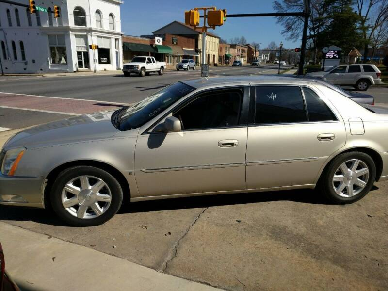 2007 Cadillac DTS for sale at ROBINSON AUTO BROKERS in Dallas NC