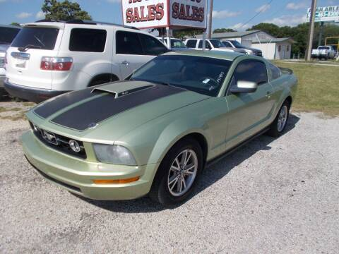 2005 Ford Mustang for sale at OTTO'S AUTO SALES in Gainesville TX