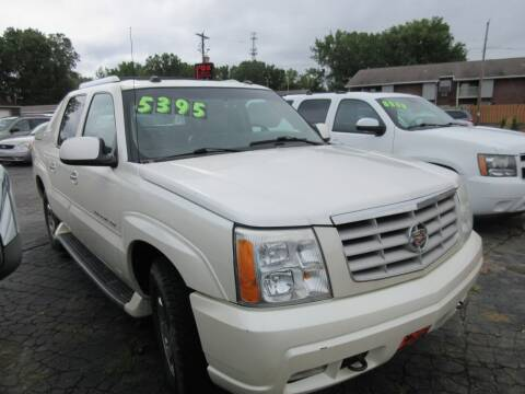 2004 Cadillac Escalade EXT for sale at Fox River Motors in Green Bay WI