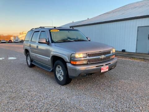 2004 Chevrolet Tahoe for sale at BABCOCK MOTORS INC in Orleans IN