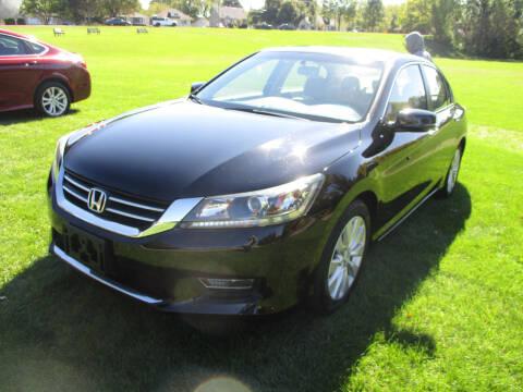 2013 Honda Accord for sale at Triangle Auto Sales in Elgin IL