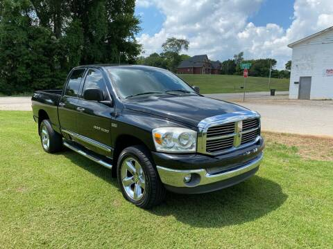 2007 Dodge Ram Pickup 1500 for sale at Tennessee Valley Wholesale Autos LLC in Huntsville AL