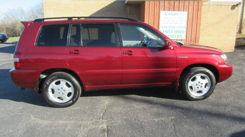 2005 Toyota Highlander for sale at LENTZ USED VEHICLES INC in Waldo WI