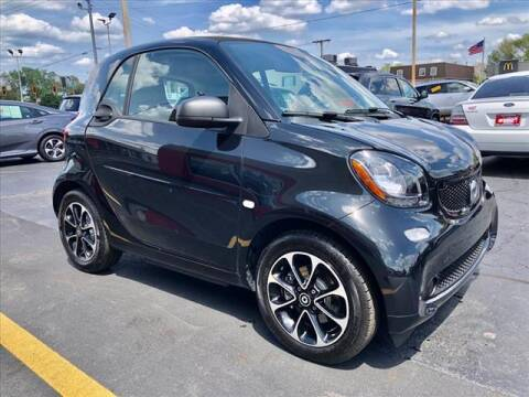 2017 Smart fortwo electric drive for sale at Richardson Sales & Service in Highland IN