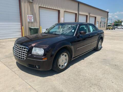 2005 Chrysler 300 for sale at Bayou Motors Inc in Houma LA