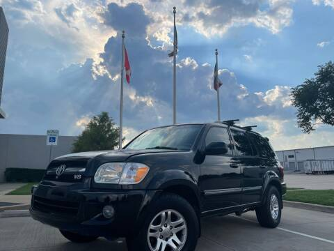2006 Toyota Sequoia for sale at TWIN CITY MOTORS in Houston TX