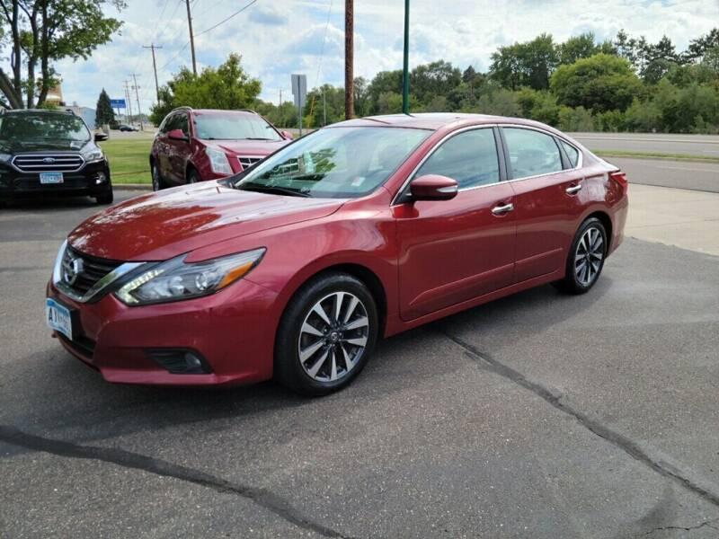 2017 Nissan Altima for sale at Premier Motors LLC in Crystal MN