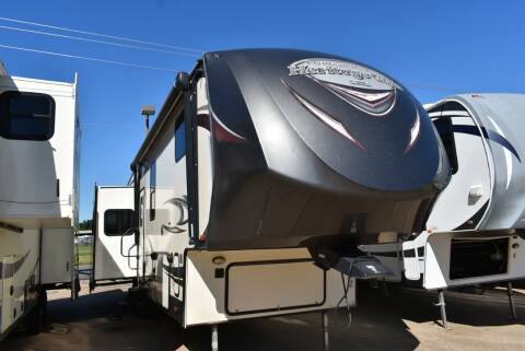 2017 Forest River Heritage Glen 364RK for sale at Buy Here Pay Here RV in Burleson TX
