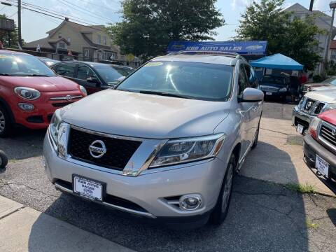 2013 Nissan Pathfinder for sale at KBB Auto Sales in North Bergen NJ