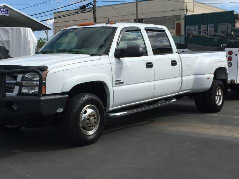 2004 Chevrolet Silverado 3500 for sale at Dorn Brothers Truck and Auto Sales in Salem OR