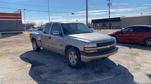 2000 Chevrolet Silverado 1500 for sale at BUZZZ MOTORS in Moore OK