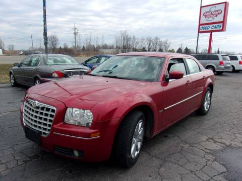 2009 Chrysler 300 for sale at DAVE KNAPP USED CARS in Lapeer MI