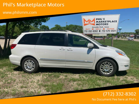 2008 Toyota Sienna for sale at Phil's Marketplace Motors in Arnolds Park IA