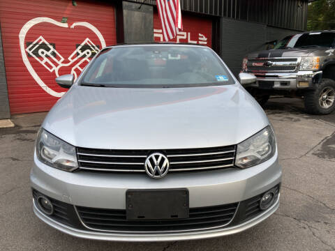 2012 Volkswagen Eos for sale at Apple Auto Sales Inc in Camillus NY