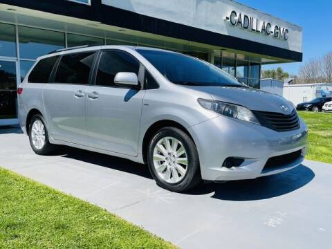2017 Toyota Sienna for sale at RUSTY WALLACE CADILLAC GMC KIA in Morristown TN