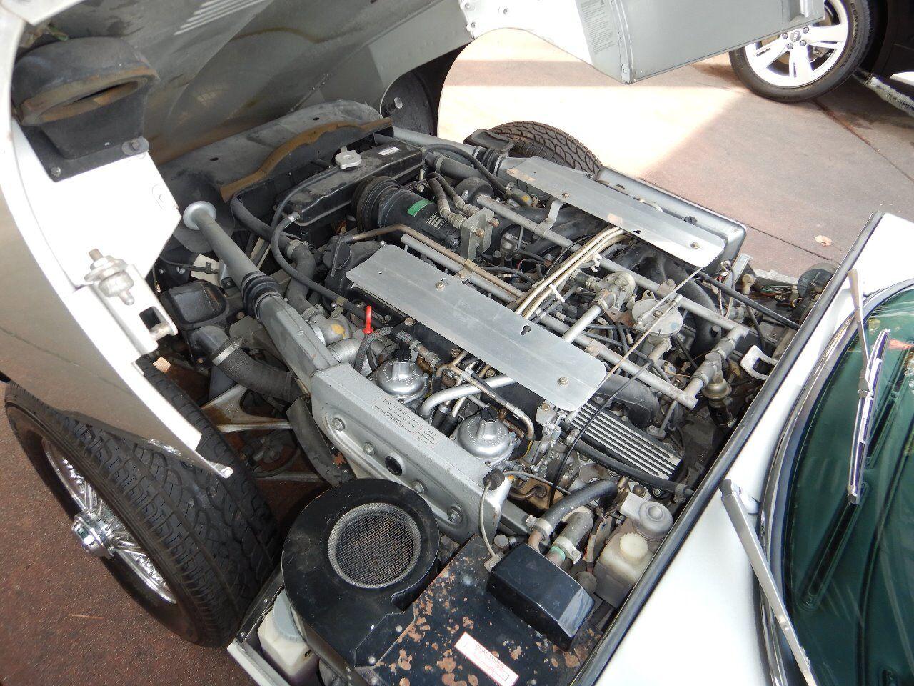 1973 Jaguar XKE 79