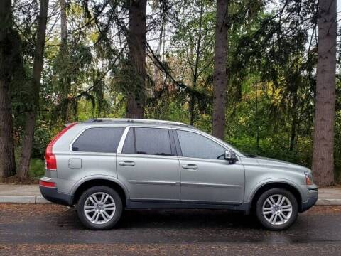 2008 Volvo XC90 for sale at CLEAR CHOICE AUTOMOTIVE in Milwaukie OR