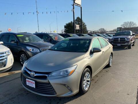 2015 Toyota Camry Hybrid for sale at De Anda Auto Sales in South Sioux City NE