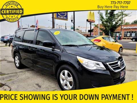 2009 Volkswagen Routan for sale at AutoBank in Chicago IL