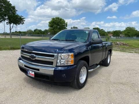 2011 Chevrolet Silverado 1500 for sale at LA PULGA DE AUTOS in Dallas TX