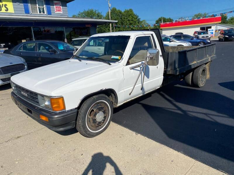 1987 Toyota Pickup for sale at Wise Investments Auto Sales in Sellersburg IN