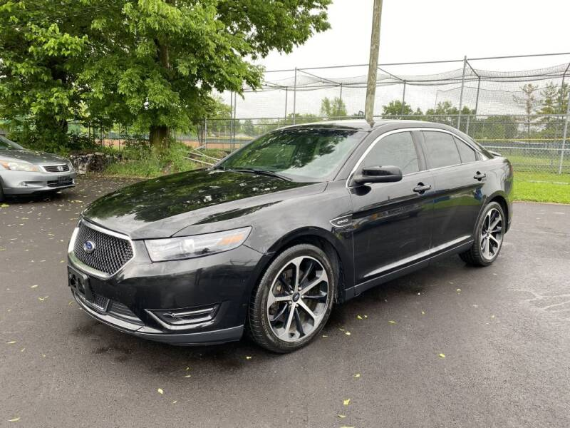 2015 Ford Taurus for sale at Queen City Classics in West Chester OH