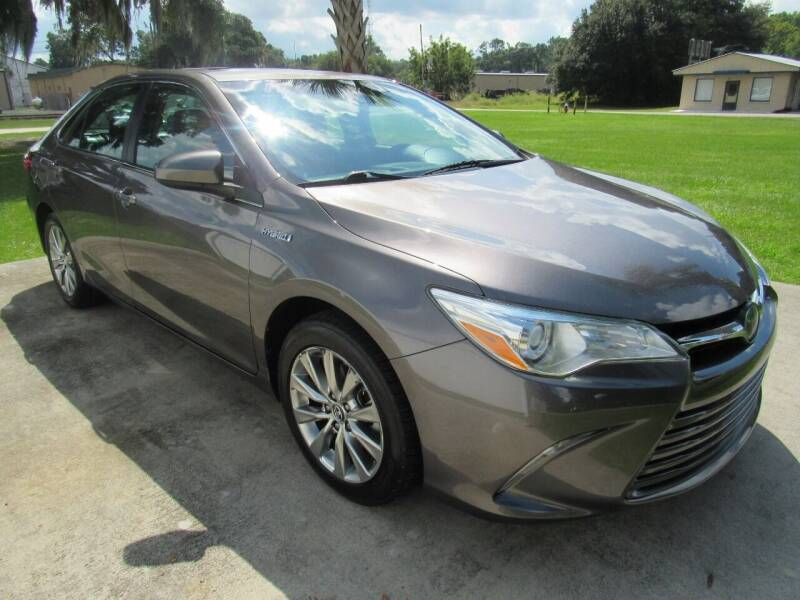 2017 Toyota Camry Hybrid for sale at D & R Auto Brokers in Ridgeland SC