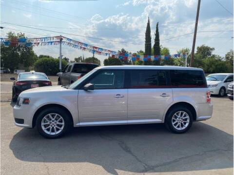 2013 Ford Flex for sale at Dealers Choice Inc in Farmersville CA