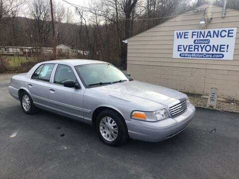 2003 Ford Crown Victoria for sale at INTERNATIONAL AUTO SALES LLC in Latrobe PA
