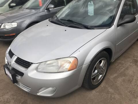 2005 Dodge Stratus for sale at BARNES AUTO SALES in Mandan ND