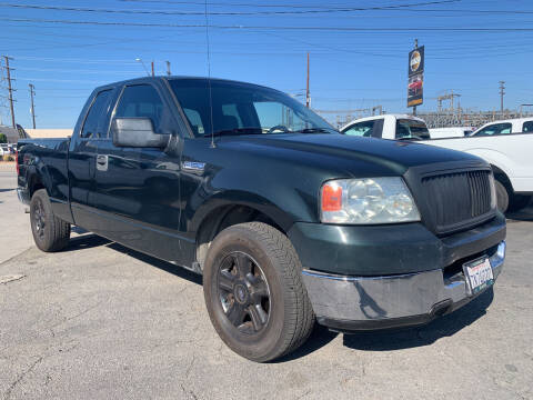 2004 Ford F-150 for sale at Best Buy Quality Cars in Bellflower CA