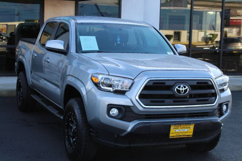 2017 Toyota Tacoma for sale at First National Autos in Lakewood WA