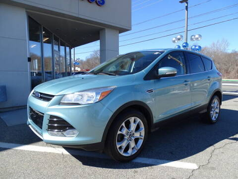 2013 Ford Escape for sale at KING RICHARDS AUTO CENTER in East Providence RI