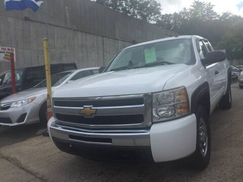 2009 Chevrolet Silverado 1500 for sale at Deleon Mich Auto Sales in Yonkers NY