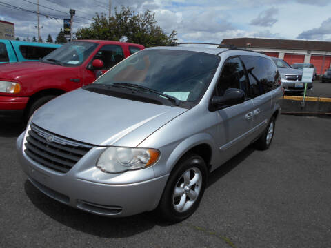 2005 Chrysler Town and Country for sale at Family Auto Network in Portland OR