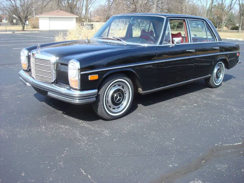1969 Mercedes-Benz L1117 for sale at Naperville Auto Haus Classic Cars in Naperville IL