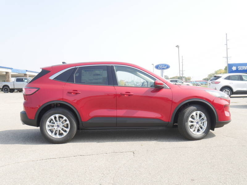 2020 Ford Escape AWD SE 4dr SUV - Montevideo MN
