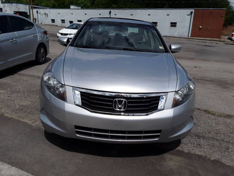 2009 Honda Accord for sale at Auto Villa in Danville VA