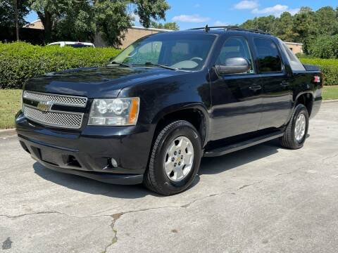 2010 Chevrolet Avalanche for sale at United Luxury Motors in Stone Mountain GA